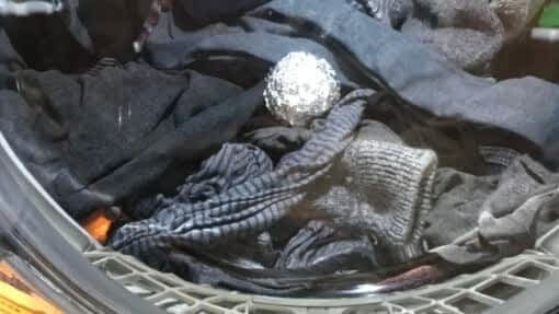 aluminum foil balls as a dryer sheet alternative