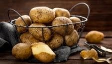 the potatoes to work as batteries